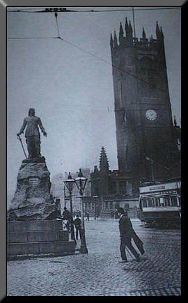 Picture of Cromwell's statue in Manchester
